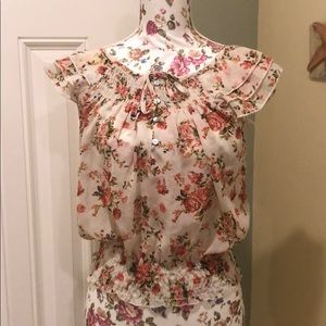 Tops - Midnight sky floral short sleeve blouse size s